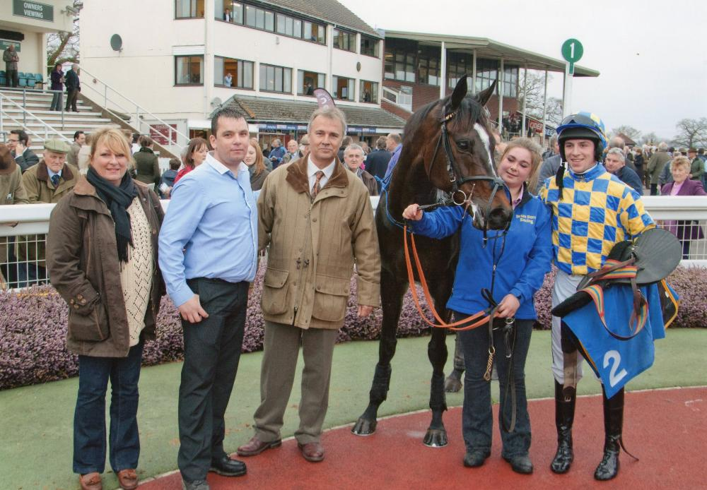 Castlemorris King's first of many wins under Gavin Sheehan @ Taunton